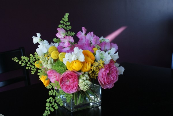 garden roses, sweet peas, craspedia