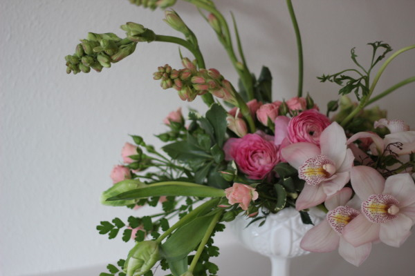 blush and green arrangement by anastasia ehlers