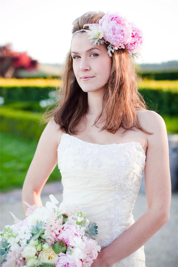 ivory and blush wedding flowers by Anastasia Ehlers | photo by Erika Nicole