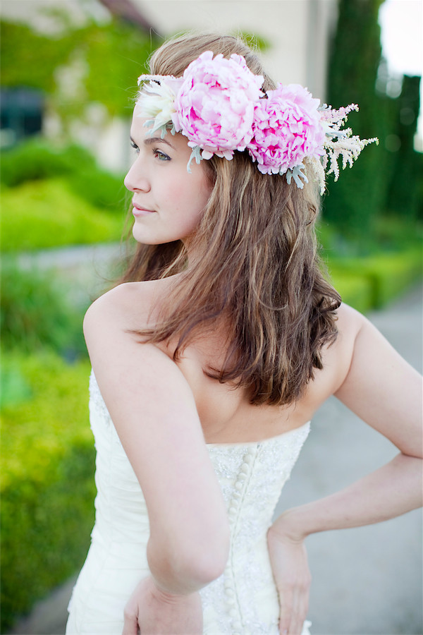 peony floral crown by Anastasia Ehlers | photo by Erika Nicole