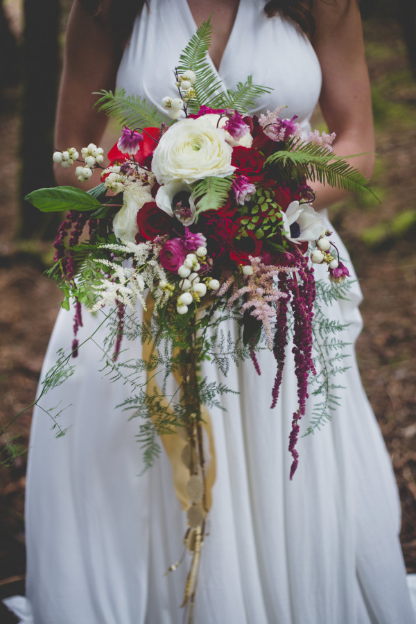 woody red, pink, and white bouquet by anastasia ehlers | photo by Cat Dossett